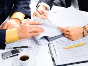 Оформление дарственной производится после предоставления соответствующего пакета документов