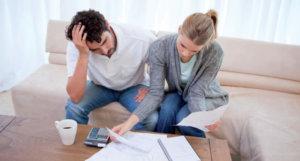 Как возникает задолженность по коммунальным платежам