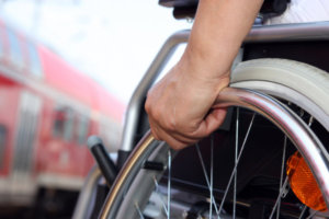 Информация лицам с имеющим инвалидность 1,2 группы проживающих в многоквартирных и частных домах