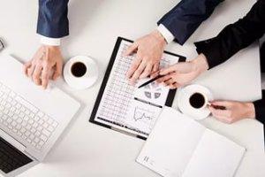 Если заказчик обнаружил нарушение условий договора подряда, то изначально он посылает подрядчику письменную претензию