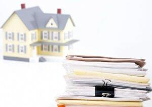 При оформлении сделки купли продажи потребуется предоставить документы подтверждающие личность владельца жилья и его право на собственность