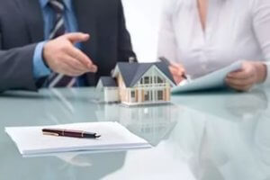 Покупатель становится законным собственником после получения свидетельства о праве на собственность