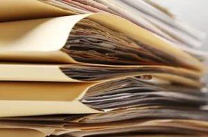 Кроме самого договора аренды для регистрации сделки потребуются документы, подтверждающие личности граждан, участвующих в сделке и документы на саму недвижимость