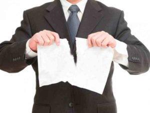 Чтобы справиться с задачей отмены дарственной лучше всего обратиться за помощью к опытному юристу