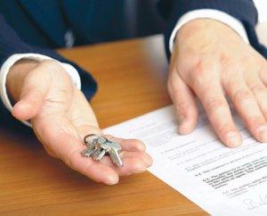 Действующий закон предполагает обязательную регистрацию договора дарения в Росреестре
