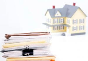 Список документов для продажи квартиры может несколько изменяться в зависимости от возраста людей, в ней проживающих, и вида собственности на недвижимость