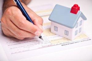 Процедуру продажи кварты следует начать со сбора и проверки документов