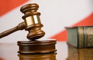 Если мирной договоренности достичь не удается - потребуется составить судебный иск