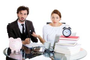 Разделить лицевой счет на приватизированную квартиру можно обратившись в УК