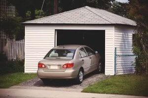 Покупка отдельно стоящего гаража имеет некоторые преимущества