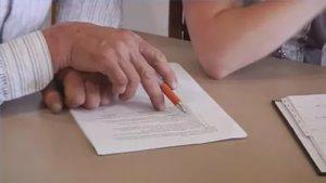 Письменное соглашение между сособственниками квартиры следует заверить у нотариуса