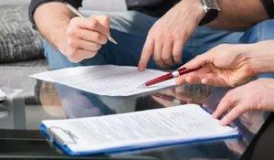 Каждое выданное свидетельство на собственность является документом строго учета и максимально защищено от подделок