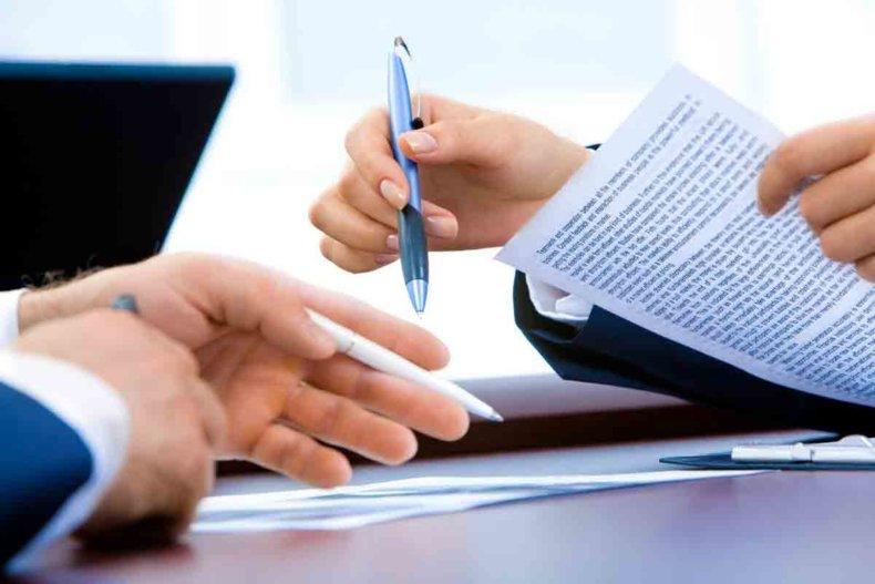 Конкретные сроки регистрации договора аренды в законодательных документах не оговорены