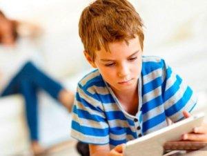 Заполнять заявление на выписку и прописку должны родители малолетнего ребенка