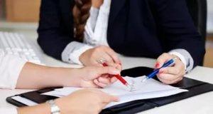 При заключении договора учтите, что юридическую силу он будет иметь в том случае, если будет подписан руководителем агентства или его заместителем
