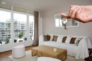 В договоре указываются обстоятельства, при которых возникает ответственность граждан, снимающих квартиру и владельцев