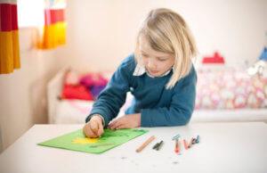 Чтобы получить разрешение органов опеки на продажу квартиры, владельцем которой является ребенок, потребуется доказать, что интересы малыша от этого не пострадают