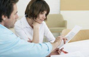 Для оформления сделки дарения потребуется предоставить пакет документов на право владения недвижимостью, а также сам договор дарения