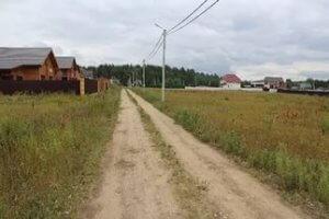 На участок, расположенный вблизи некоторых хозяйственных  объектов могут налагаться ограничения