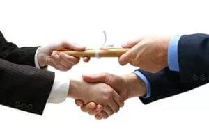 Доверенность дает право лицу, ее получившему, на управлением имуществом