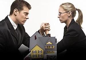 В жизни может сложиться так, что выписка из частного дома человека, создающего множество проблем - единственный рациональный выход из ситуации