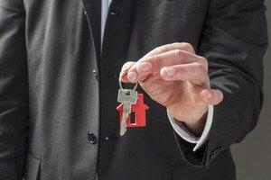 Особенности оформления безвозмездного пользования жилым помещением